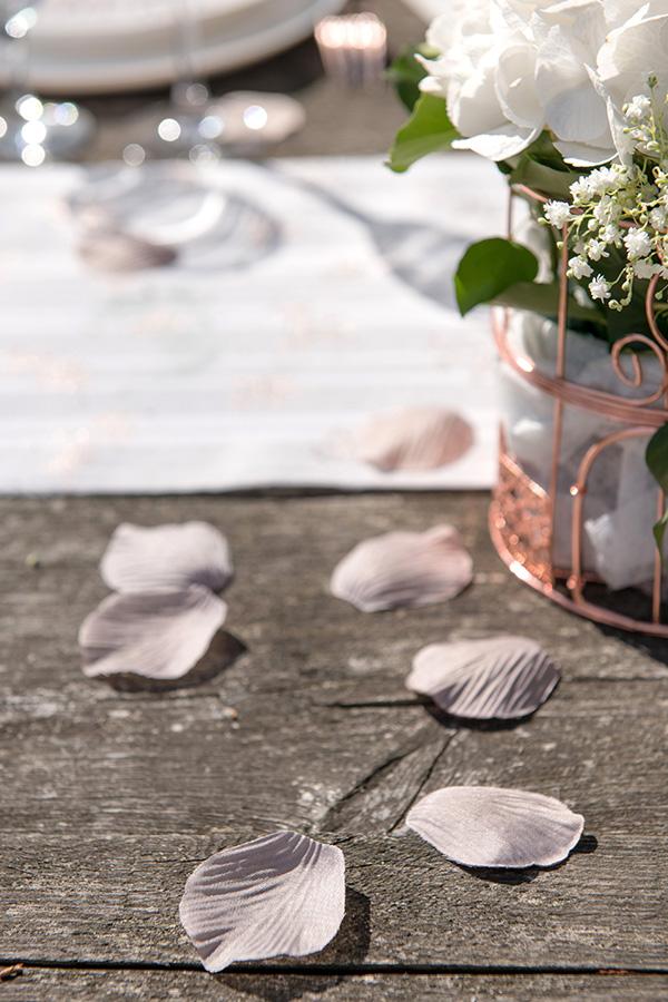 Konfetti (100stk): Roseblader