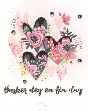 """Håndlaget Kort: """"Ønsker deg en fin dag"""" - Blomster & Hjerter"""