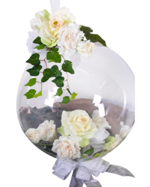 Borddekorasjon: White rose orb Centerpiece