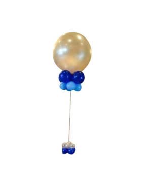 Borddekorasjon: Blue and silver centerpieces